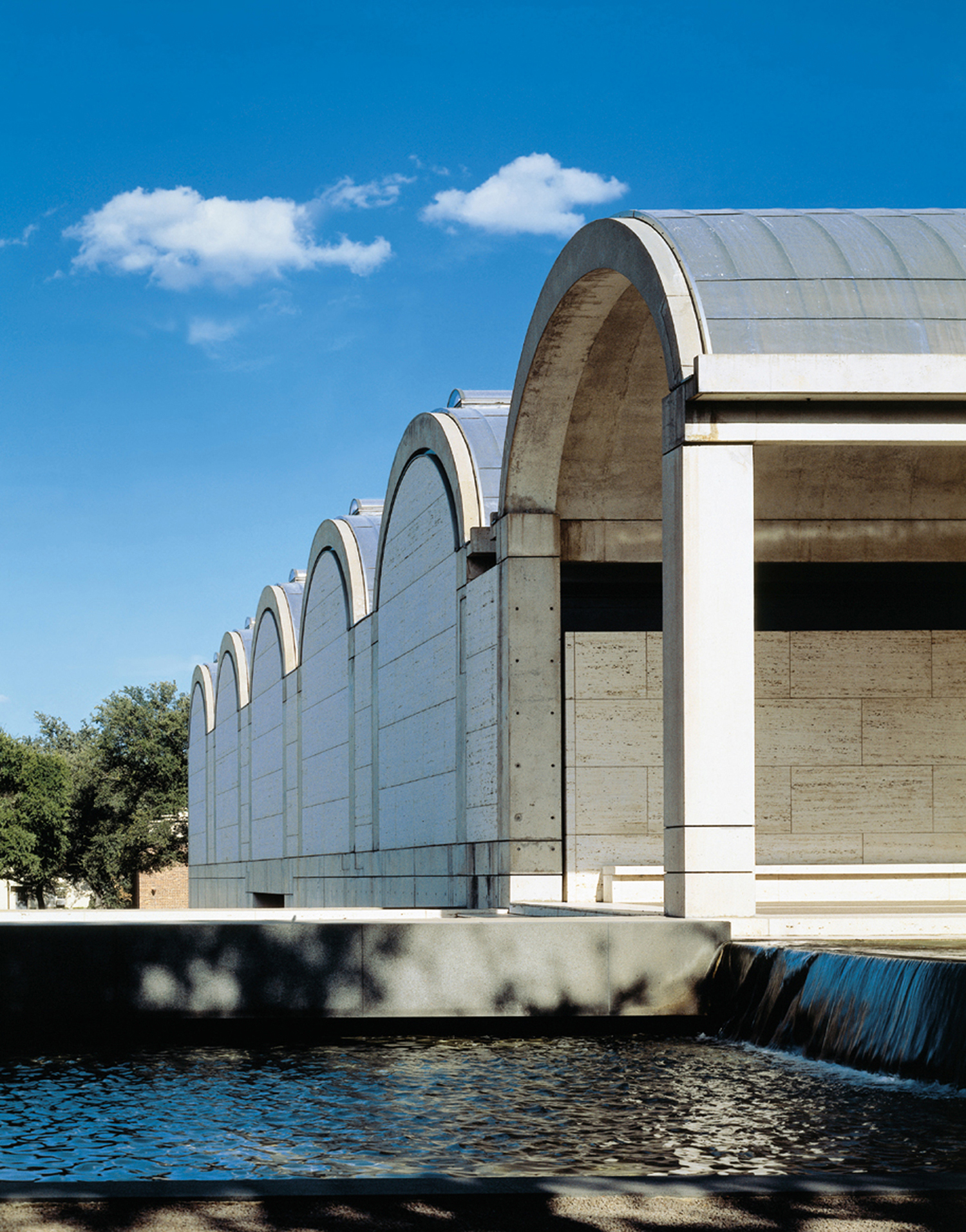 Published October 21  2010 at 1500   215  1912 in The Kimbell Art MuseumKimbell Art Museum Light